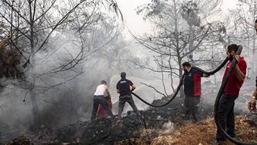 """الدفاع المدني يخمد الحرائق باللحم الحي وبمعدات """"شبه خردة""""... فمتى يأخذ حقه؟ النيران تكشف فضيحة صيانة الـ""""سيكورسكي"""" ولبنان يستنجد بقبرص  واليونان والأردن"""
