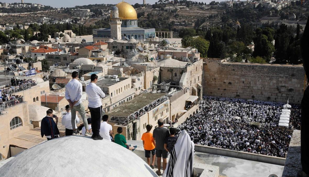جرح فلسطيني حاول دهس رجال شرطة اسرائيليين بسيّارته في الضفة الغربية