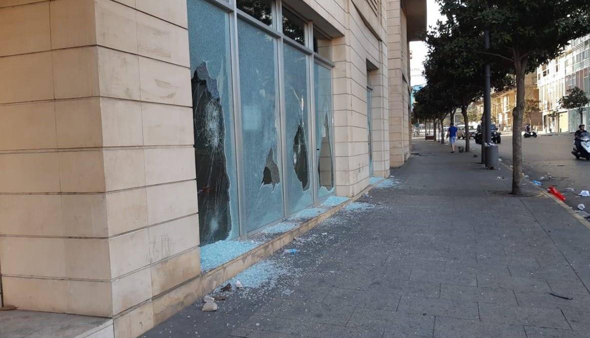 هدوء في وسط بيروت صباحاً... أضرار كبيرة وحملة تنظيف
