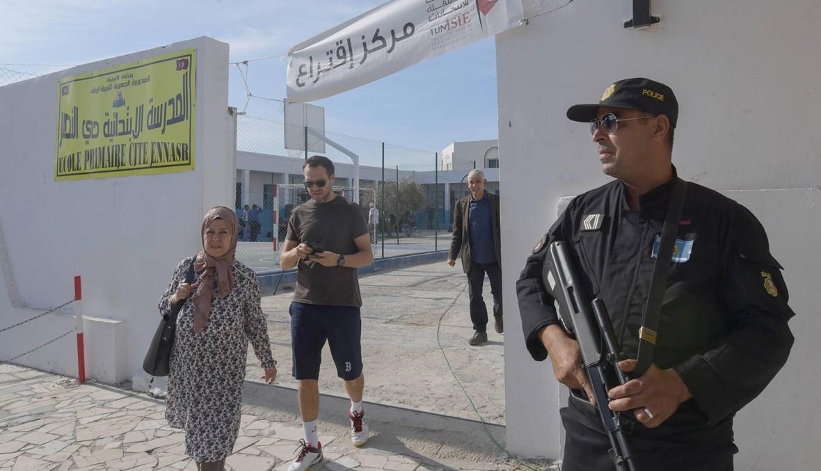 """تونس تنفّذ """"عمليّة لمكافحة الإرهاب"""" في القصرين: مقتل قيادي من """"القاعدة"""""""