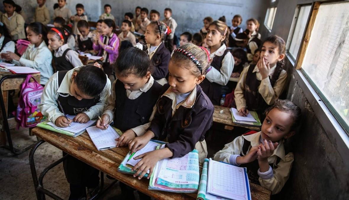 بعد شهر فقط من الدراسة... وفيات وإصابات وحبس في المدارس تفجّر غضب المصريين