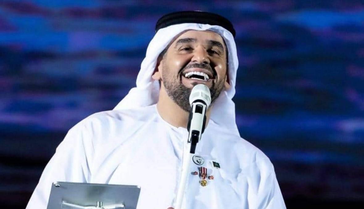 """عبدالرحمن بن مساعد يهدي حسين الجسمي لقب """"العبقري جداً"""" (صور)"""