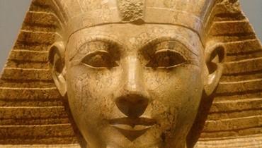 قصة الملكة حتشبسوت التي حكمت مصر بقوة وماتت بظروف غامضة؟