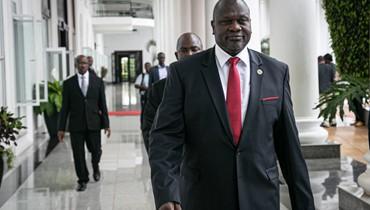 كير ومشار يلتقيان في أوغندا: الموعد النهائي لتشكيل حكومة وحدة وطنيّة يقترب