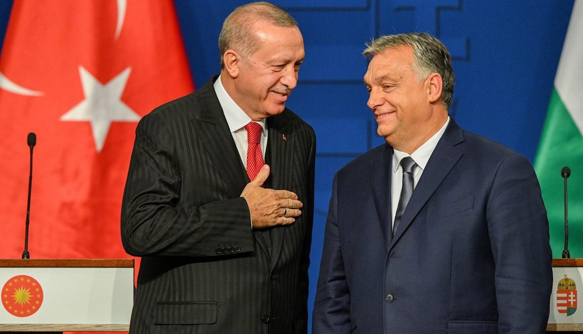 """إردوغان يهدّد مجدّداً بـ""""فتح الأبواب"""" أمام المهاجرين إلى أوروبا"""
