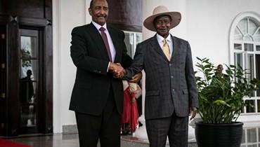 """""""لقاء ودي"""" بين كير ومشار في أوغندا: تشكيل حكومة الوحدة الوطنيّة تأجّل 100 يوم"""