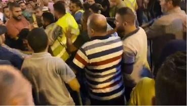 بالفيديو... اشكال في ساحة النور في طرابلس