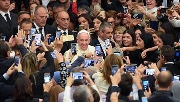 """البابا فرنسيس دعا إلى """"توخي الحذر"""": بعض التصريحات السياسيّة تذكّره بـ""""خطابات هتلر"""""""