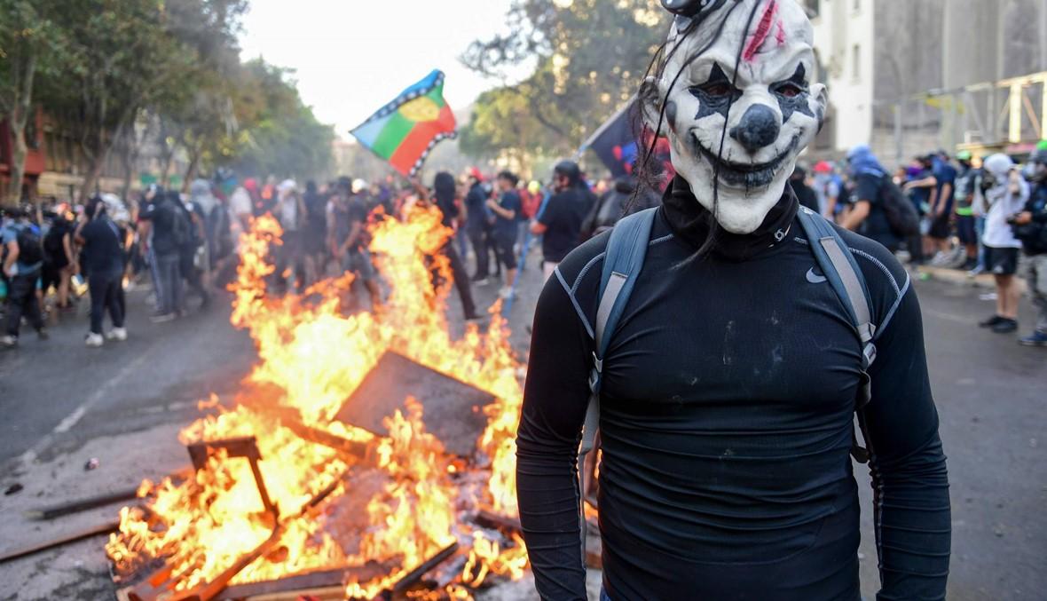 """احتجاجات تشيلي تدخل شهرها الثاني: """"الحكومة تغيّرت، جميعنا تغيّر"""""""