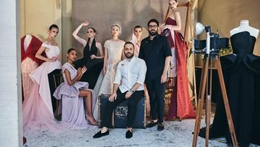 قزي وأسطا: مصمّمان يبيعان الأحلام لا الأزياء