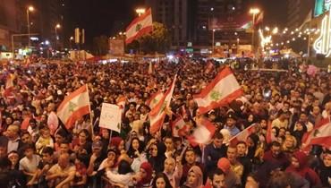 الحركة الاحتجاجية على زخمها في ساحة النور في طرابلس