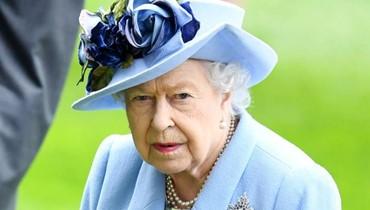 الملكة إليزابيث تستعدّ للتنازل عن عرش بريطانيا!