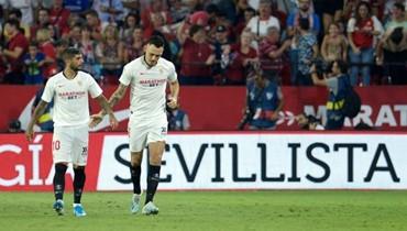 إشبيلية يضع ريال مدريد وبرشلونة في موقف حرج