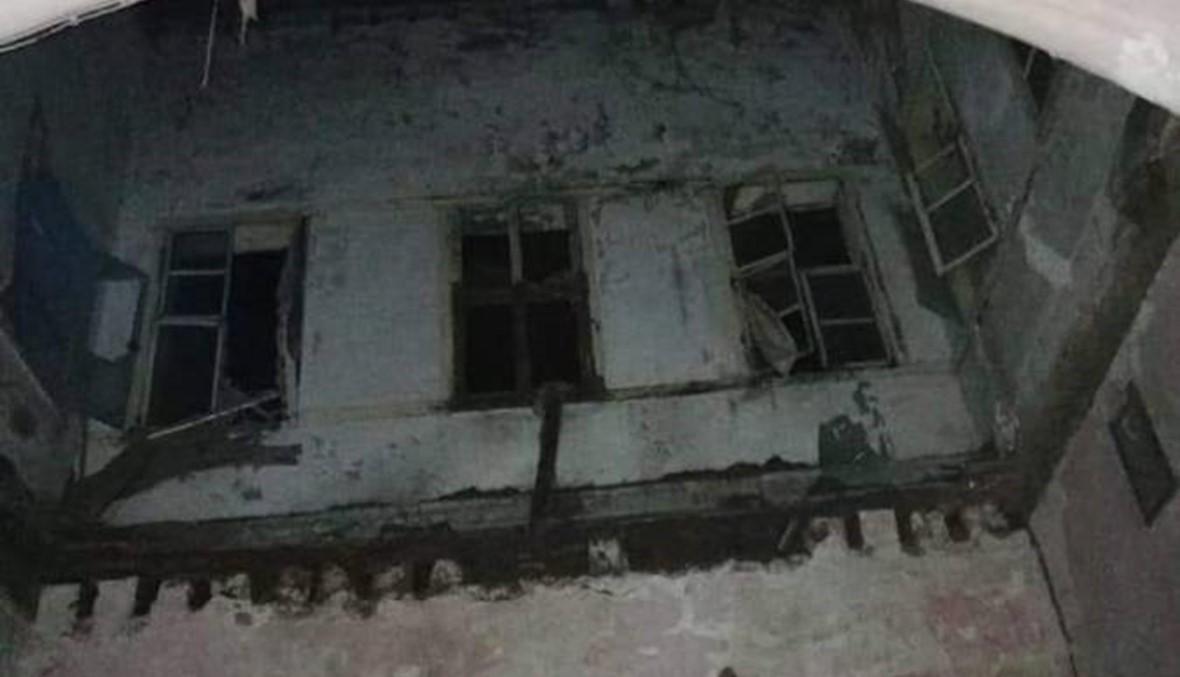 قتيلان إثر انهيار منزل في الميناء... مأساة تؤكّد الفساد والإهمال والطمع