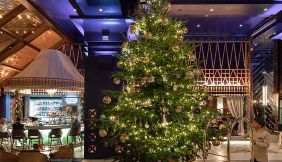 فندق إسباني يكسر كل المقاييس... اكتشف أغلى شجرة ميلاديّة في العالم