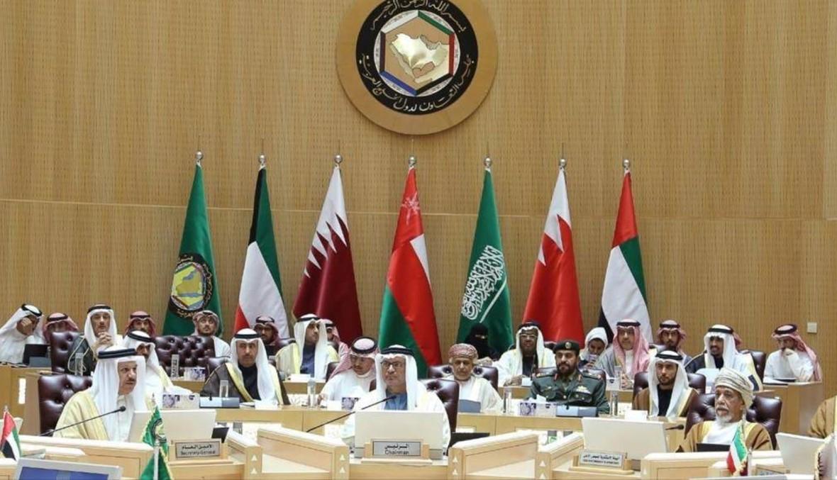 استقبال حار لوفد قطر في قمة الرياض الخليجية رغم تغيب أميرها