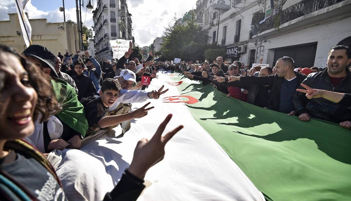 الحركة الاحتجاجية في الجزائر منذ شباط... استقالة بوتفليقة وتظاهرات