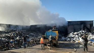 مجدليا: حريق فجراً في معمل كبس الكرتون والبلاستيك... إخماد وتبريد