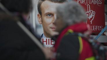 """الرئيس الفرنسي يقدم """"تهانيه الحارّة"""" للرئيس الجزائري المنتخب"""