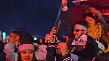 """""""أكبر مهرجان موسيقي في السعودية \r\nتوافد 130 ألفاً ونساء من دون حجاب"""