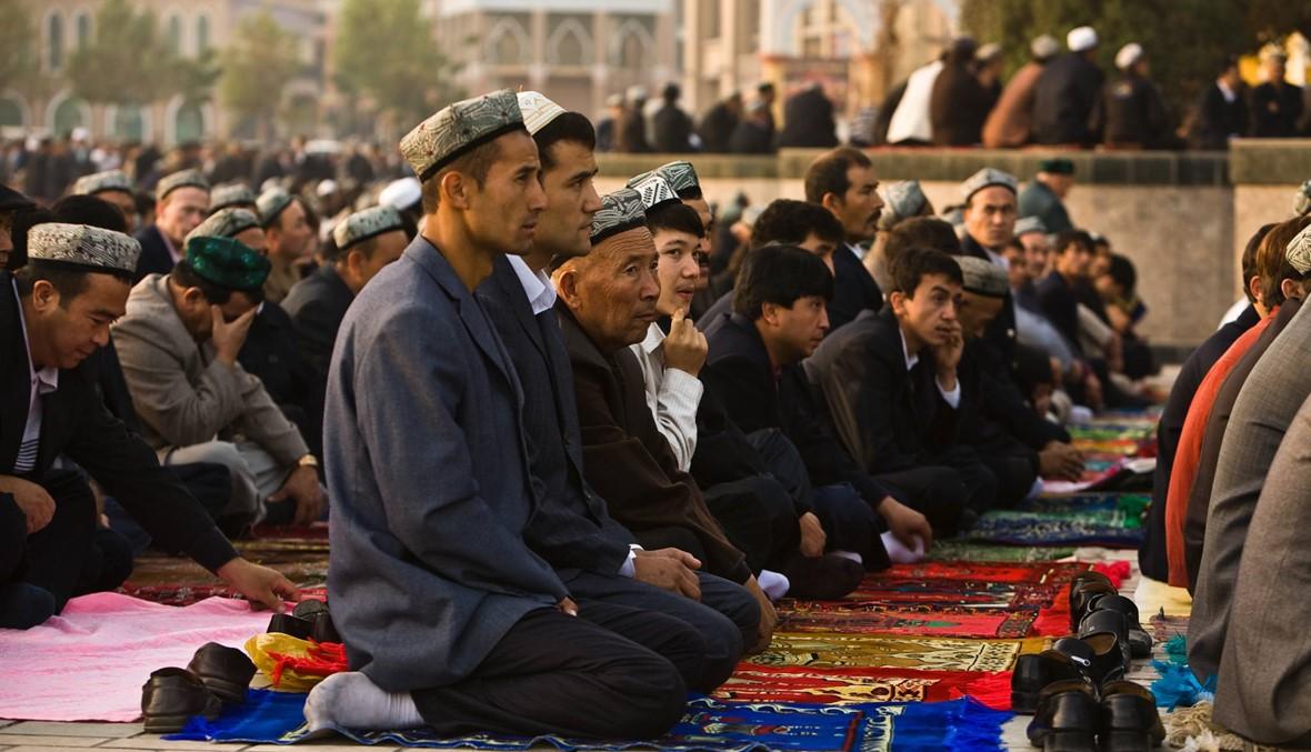 من هم مسلمو الإيغور الذين تُتَّهم الصين باضطهادهم؟
