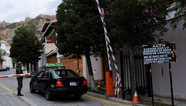 بوليفيا تتّهم إسبانيا بمحاولة تهريب مقرّب من موراليس من السفارة المكسيكية في لاباز