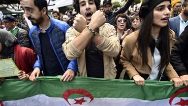 الطلاب يتظاهرون مجدداً ضد النظام في الجزائر: رفضُ الحوار