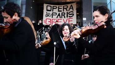 Sour notes for Macron from striking Paris Opera musicians