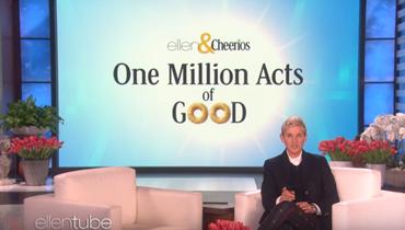 مقدمة برامج تهدي جمهورها مليون دولار! (فيديو)
