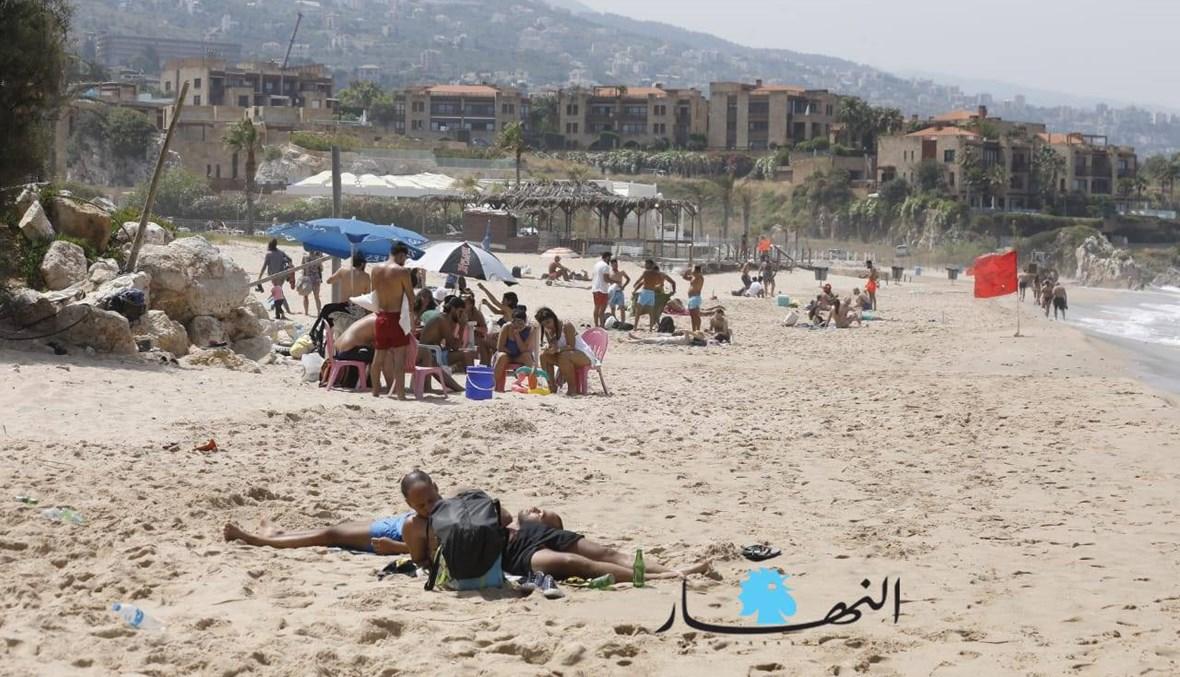 شواطئ جبيل اليوم... زحمة روّاد لقهر الحرّ (صور)