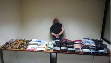 توقيف سارق أكسسوارات وقطع سيارات في برج حمود
