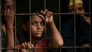جوع وعطش وعنف مهرّبين... مهاجرون من الروهينغيا يروون رحلتهم الخطيرة في البحر