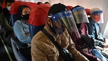 الرئيس الإندونيسي يهدّد بتعديل وزاري بسبب التعامل مع أزمة كورونا