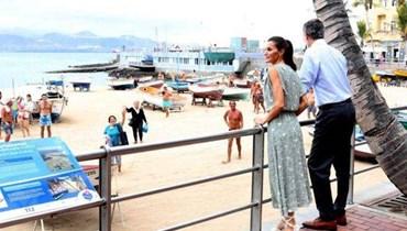 ليتيزيا ملكة إسبانيا لا تترك حذاءها القماشي في إطلالاتها الصيفيّة (صور)