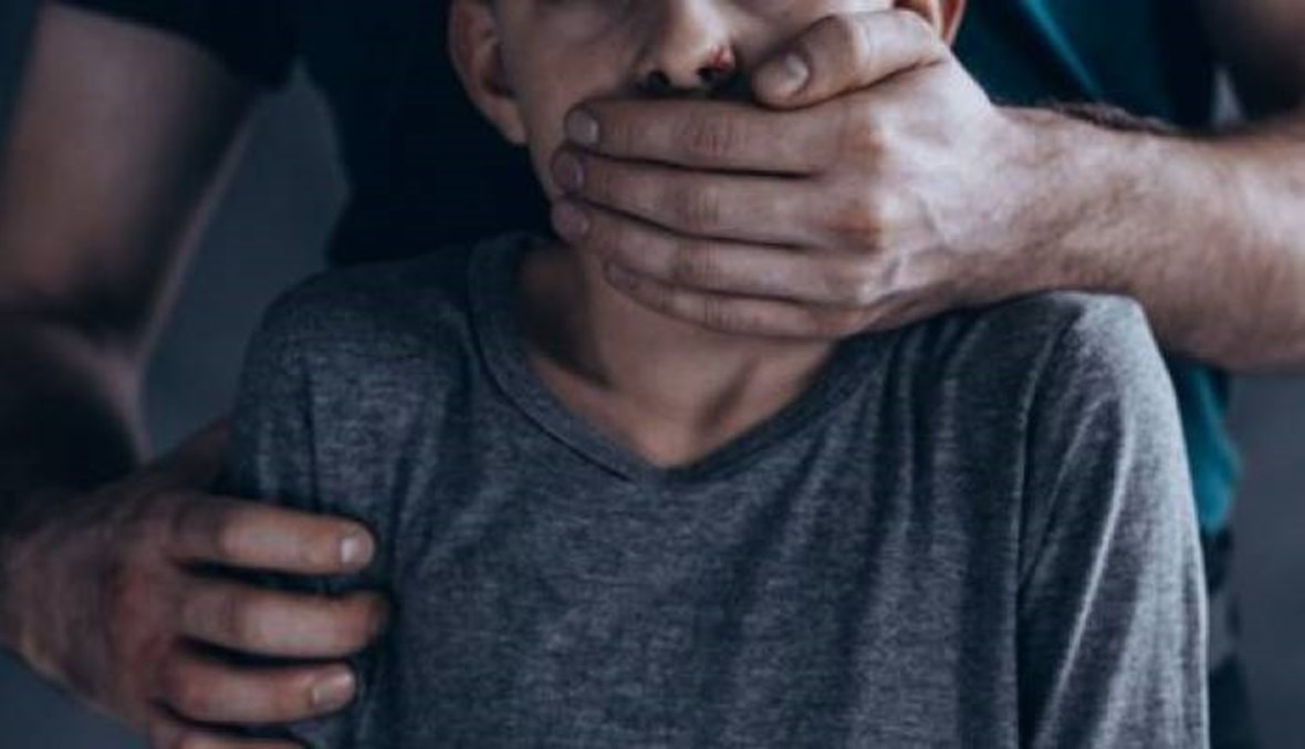 جريمة اغتصاب محمد في سحمر... والدته تروي تفاصيل الكارثة داخل المعصرة