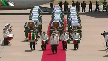 الجزائر تستقبل رفات 26 مقاتلاً ضدّ الاستعمار الفرنسي