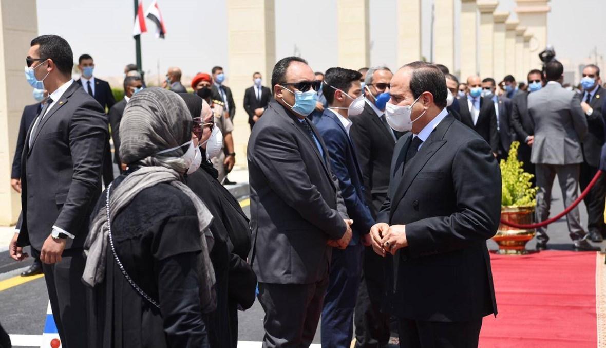 السيسي وكبار رجال الدولة المصرية في جنازة محمد العصار (صور)