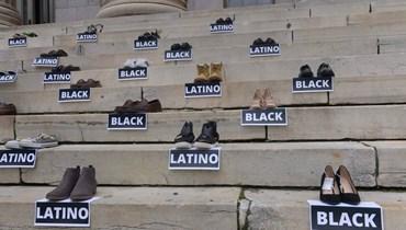 أحذية تُحيي ذكرى ضحايا العنصريّة في الولايات المتحدة: نريد تذكير الكونغرس بالحزن