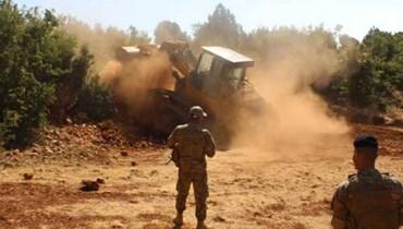 المعابر غير الشرعية ومكافحة التهريب ومقترحات للضبط: الحدود مع سوريا 357 كيلومتراً و36 نقطة خلافية وإقفال 90%