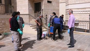 بلدية النبطية: الاشتباه بحالة كورونا لأحد الوافدين السوريين