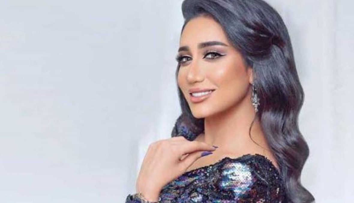 آخرهن مطربة بحرينية... أبرز الفنانات اللواتي ارتدين الحجاب