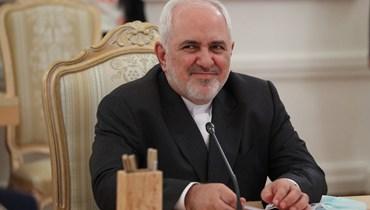 """ظريف يتّهم أميركا بتعريض ركاب الطائرة الإيرانيّة للخطر: """"أفعالها خارجة عن القانون"""""""