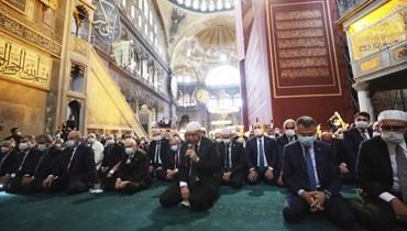صلاة الجمعة تقدّمها أردوغان وسيف عثماني