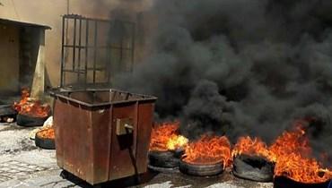 قطع الطريق الرئيسية وادي خالد -المجدل احتجاجاً على مصادرة قطيع اغنام