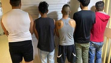 القاء القبض على عصابة تنشط في مجال سرقة السيارات بغية تهريبها إلى الخارج
