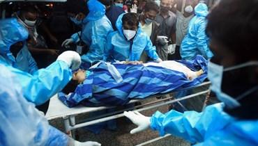 """""""صراخ في كلّ مكان ودماء""""... رجال إنقاذ في صدمة بعد كارثة الطائرة الهنديّة"""