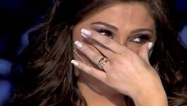 """إليسا تغصّ بالدمع مع وائل الابراشي: """"دموعك غالية"""""""