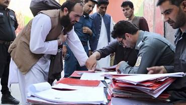 السلطات الأفغانية باشرت إطلاق سراح سجناء طالبان الـ400