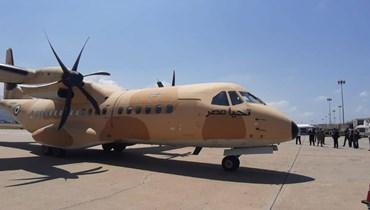 وصول طائرة عسكرية مصرية محملة بأطنان من المواد الغذائية والأدوية والمستلزمات الإغاثية