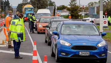 إرجاء الانتخابات في نيوزيلندا بسبب كورونا: أوروبا تشدّد القيود، احتجاجات وشكوك